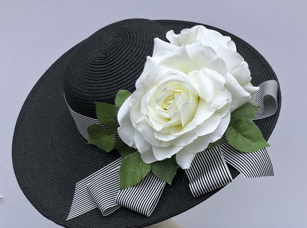 Black Derby Hat -White Rose