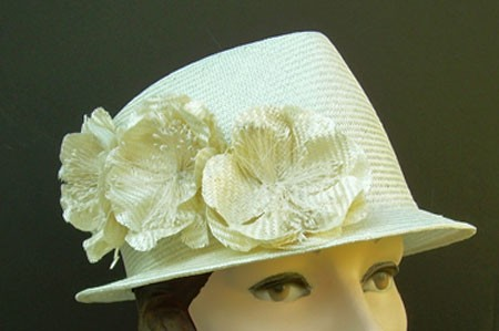 Ivory Petite Fedora/Flower