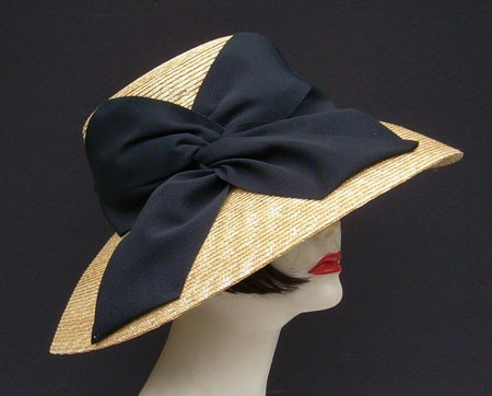 Milan Picture/Black Twist Bow