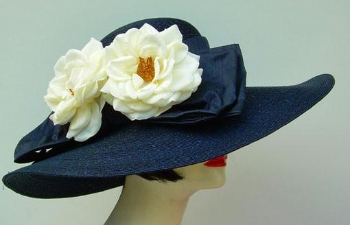 """Navy 5"""" Milan/White Roses"""