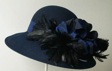 Navy Small Picture/Black Feathers
