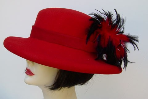 Red Down Gambler/Red Black Feather