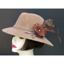 Camel Fedora/ Feather