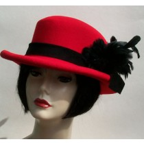 Red Derby/Black Feather @SIDE
