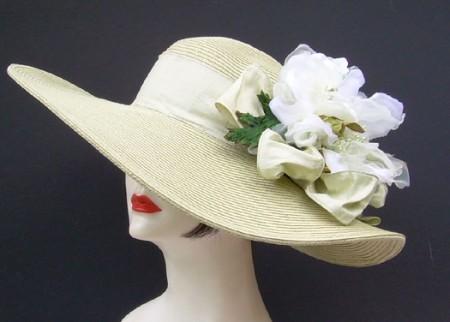 Celedon-Taupe Hat-Flower